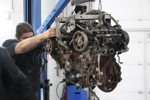 Дефектовка двигателя в Киеве