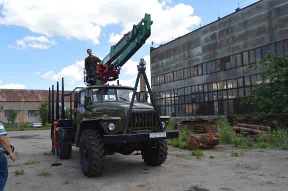 Лісовоз з маніпулятором купити в Україні!