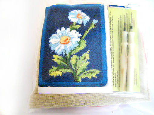 Купить наборы для ковровой вышивки оптом и в розницу можно у нас!