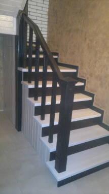Реалізуємодерев'яні маршові сходи