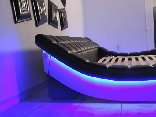 Сучасні ліжка двоспальні шкіряні від виробника купуйте у нас