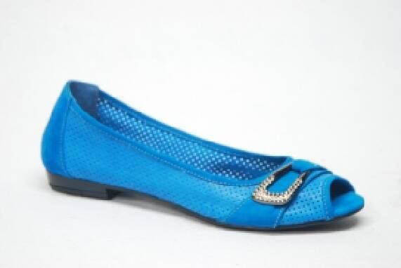Продаж жіночого взуття