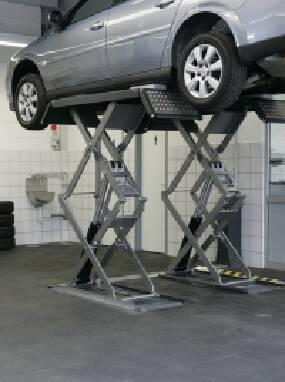 Надаємо послуги з ремонту підйомників для СТО