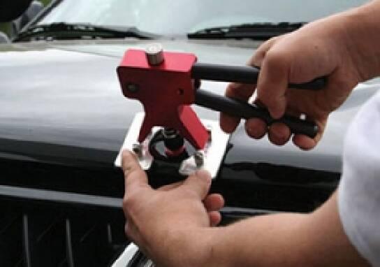 Навчання ремонту вм'ятин без фарбування автомобіля (Крим, Ялта)