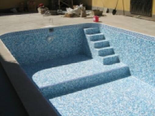 Начните строительство бассейна из бетона этим летом!
