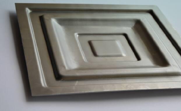 Фільонка металева для воріт