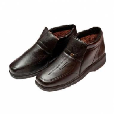 Стильне чоловіче взуття за неймовірно низькими цінами!