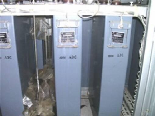 В продаже конденсаторы косинусные (компенсационные) складского хранения  0,4кВ, 0,66кВ, 1,05кВ, 6,3кВ, 10,5кВ