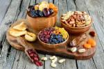 Орехи и сухофрукты оптом: источник здоровья и красоты!