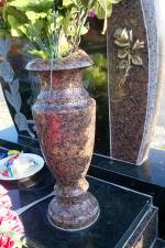 Изготавливаем гранитные вазы