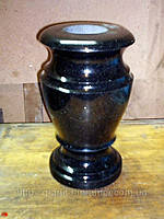 Качественные гранитные вазы различных форм и размеров