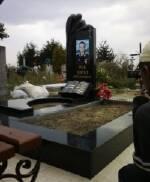 Памятники из гранита (Луцк) предлагает Каменярня Боремчуков