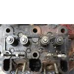 Головка блоку циліндрів двигуна (фото)