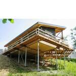 Будівля з геошурупами (фото)