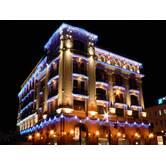 Світлове оформлення фасадів міських будівель