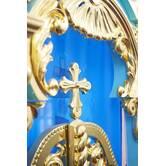 Покрытие золото элементов интерьера храма