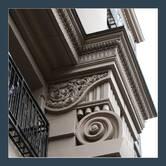 Оформлення декору фасаду будинку в Житомирі