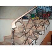 Виготовлення та встановлення сходів, фасадів, вхідних груп з каменю