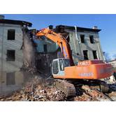 Демонтажні роботи, демонтаж старих будівель в Луцьку
