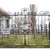 Изготавливаем ворота для дома (кованые)