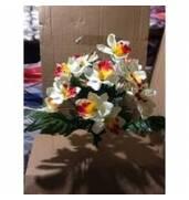 Хочете купити штучні квіти оптом? Купуйте у нас!