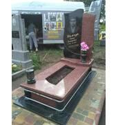Виготовлення таустановка пам'ятника на могилу Рожище, Ковель