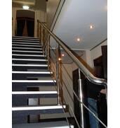 Перила на сходи - безпека та краса від компанії Дизель!