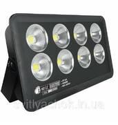 Купити діодний прожекторвід різних компаній-виробників
