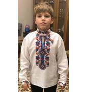 У продажу дитяча вишиванка для хлопчика