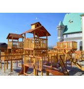 ЧЕХІЯ! Столярі длявиготовлення дитячих майданчиків з дерева!