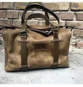 Міцна та містка спортивна шкіряна сумка за доступною ціною — в ПП Давидов!