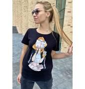 Купити жіночу футболку з яскравим принтом