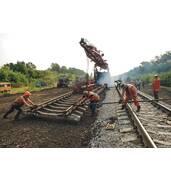 Пропонуємо здійснити капітальний ремонт залізничного шляхопроводу