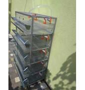 Для розведення бройлерів купуйте спеціальні клітки
