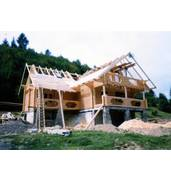 Construction of log cabin homes