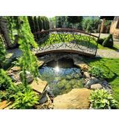 Малі архітектурні форми для саду