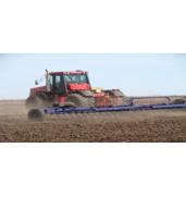 Внесение минеральных удобрений в почву. Заказывайте услуги в Украине