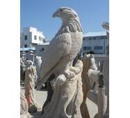 Скульптура з граніту, Орел
