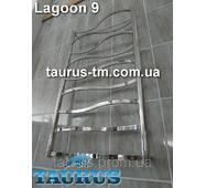 Неширокий полотенцесушитель Lagoon 9 /950х450 мм. для ванной комнаты. Выгнутые волной перемычки из трубы 20х10