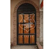 Решітки на двері ручної ковки