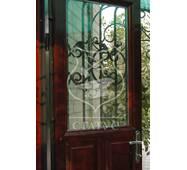 Решітки для дверей фігурної ковки