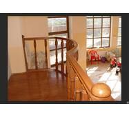 Дерев'яні сходи (з терасою)