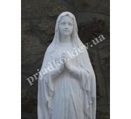 Скульптура Богородицы из белого бетона