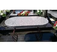 Гранітний стіл (овальний) з покостовки