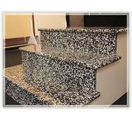 Поліровані гранітні сходи