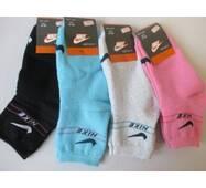 Купити оптом у виробника жіночі махрові шкарпетки.