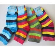 Красиві яскраві шкарпеточки для молоді.