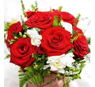 "Подарочные пакеты ""Букет цветов в ладонях"" 23 х 24 см  (6 шт./уп.)"