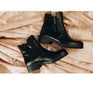 Женские зимние кожаные ботинки 38 (2440)