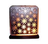 """Соляний світильник з дерев'яними елементами кольорової """"Ромашки"""" (3-4 кг) """"Saltlamp"""""""